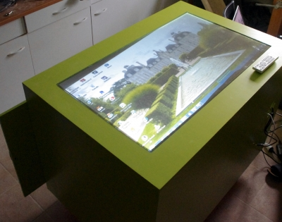 Table-Tactile-Expo-Jules-Ferry